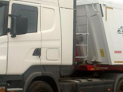 Samochody ciężarowe 06